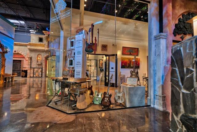 HFF Ceiba Art Gallery